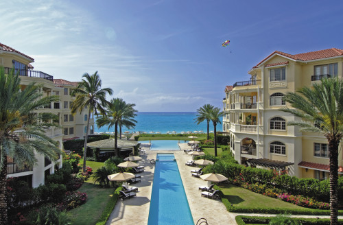 Turks & Caicos    ProvidencialesThe SomersetOVERVIEW pools & property to sea